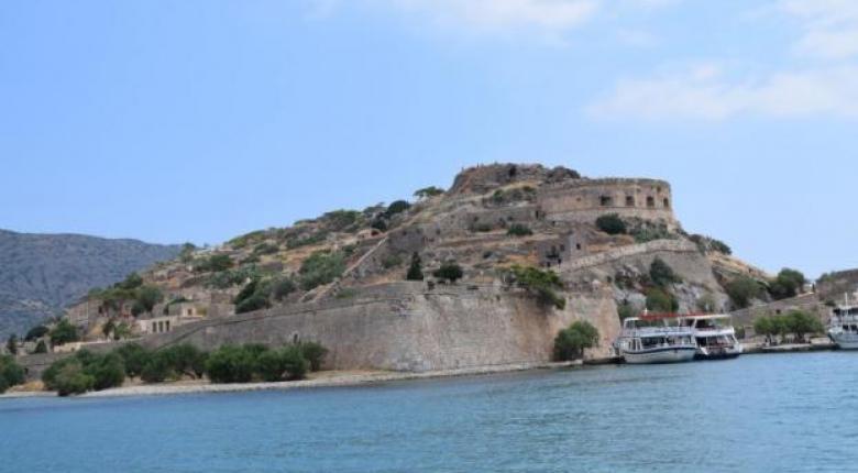 Κινδύνευσε πλοίο με 107 επιβάτες με κατεύθυνση προς την Σπιναλόγκα - Κεντρική Εικόνα