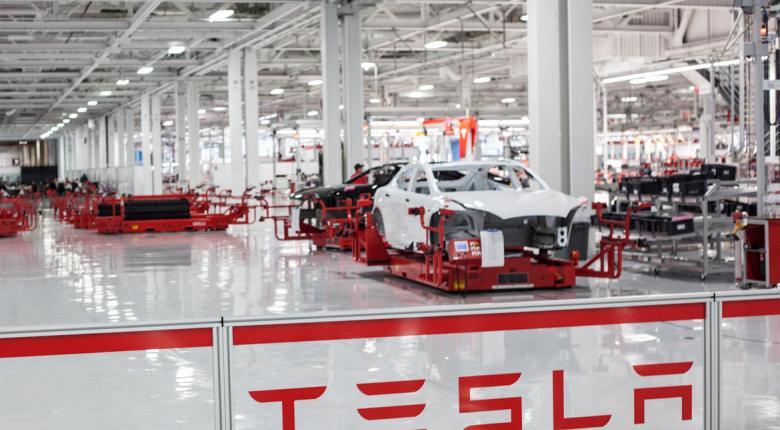 Επένδυση στην Ελλάδα ετοιμάζει ο αμερικανικός κολοσσός Tesla - Κεντρική Εικόνα