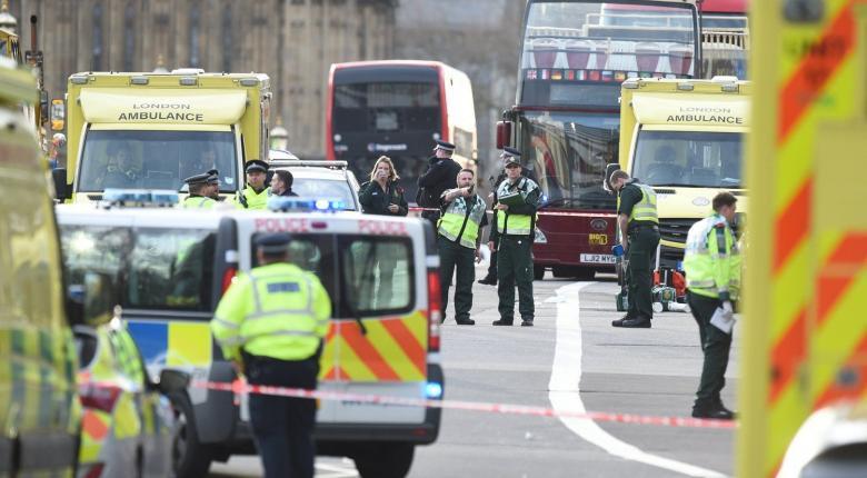 Λονδίνο: Αυτοκίνητο έπεσε πάνω σε στάση λεωφορείου - Νεκρά τρία παιδιά - Κεντρική Εικόνα