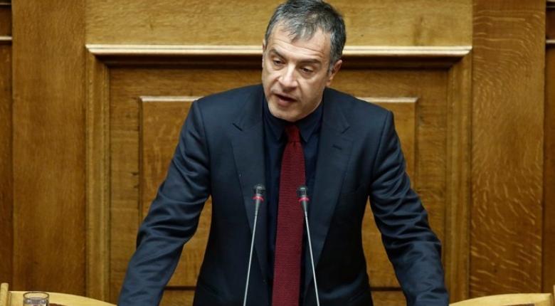 Θεοδωράκης: Δεν συμμετέχουμε σε σενάρια στήριξης της κυβέρνησης - Κεντρική Εικόνα