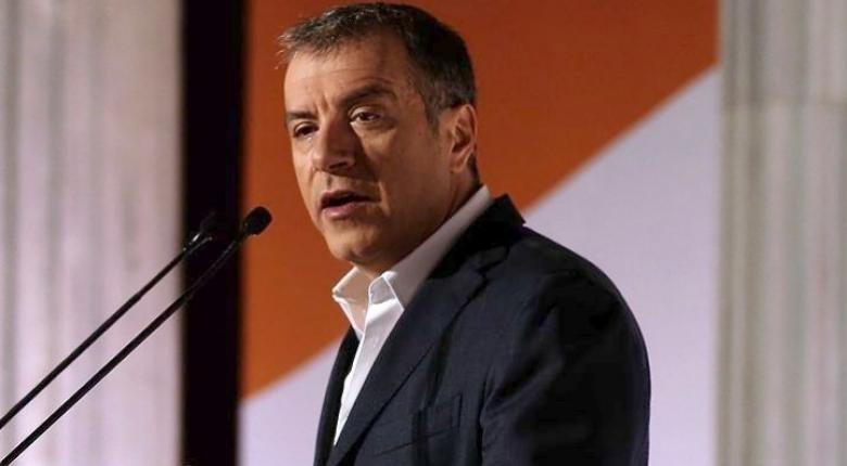 Στ. Θεοδωράκης: Μη μείνεις πίσω, ψήφισε - Κεντρική Εικόνα