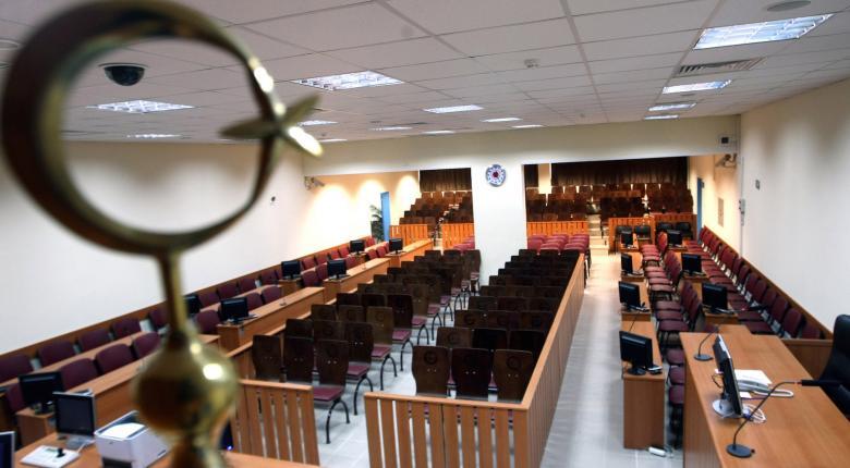 Την απαλλαγή των Χρυσαυγιτών για την επίθεση στο «Συνεργείο» ζήτησε ο εισαγγελέας - Κεντρική Εικόνα