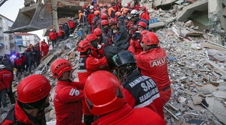 Τουρκία: Συνεχίζονται οι προσπάθειες εντοπισμού επιζώντων από το σεισμό - Κεντρική Εικόνα