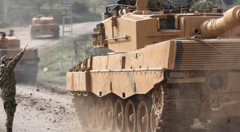 Τουρκία: Φάλαγγα στρατιωτικών οχημάτων έφτασε κοντά στα σύνορα με την Συρία - Κεντρική Εικόνα