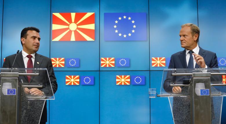 Ο Τουσκ καλεί τις χώρες της ΕΕ να επικυρώσουν την απόφαση για ΠΓΔΜ - Αλβανία - Κεντρική Εικόνα
