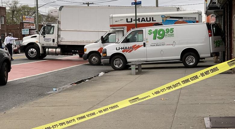 Κορωνοϊός-Ν.Υόρκη: Γραφείο κηδειών «διατηρούσε» δεκάδες πτώματα σε φορτηγό χωρίς ψύξη - «Καρφώθηκε» από την αφόρητη οσμή! (Photos) - Κεντρική Εικόνα