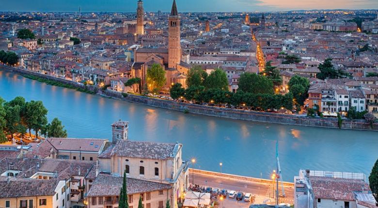 Οι 20 πιο δημοφιλείς τουριστικοί προορισμοί των Ελλήνων το 2019 - Πόλη-έκπληξη στην 1η θέση - Κεντρική Εικόνα