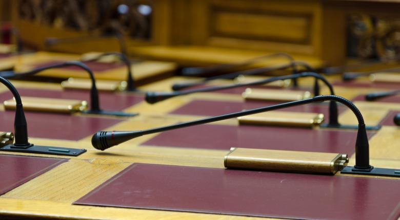 Νέα μέτρα στη Βουλή για τον κορωνοϊό: Ενα νομοσχέδιο την εβδομάδα σε ψηφοφορία - Κεντρική Εικόνα