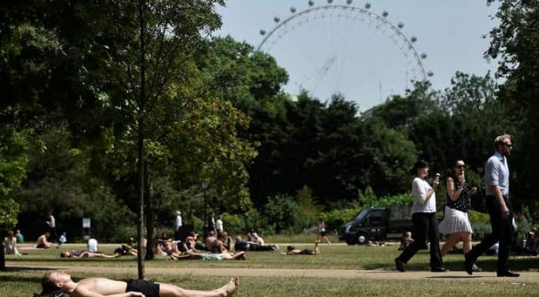 Κύμα ζέστης σαρώνει τη Βρετανία - Ο υδράργυρος ενδέχεται να ανέβει σε επίπεδα ρεκόρ - Κεντρική Εικόνα