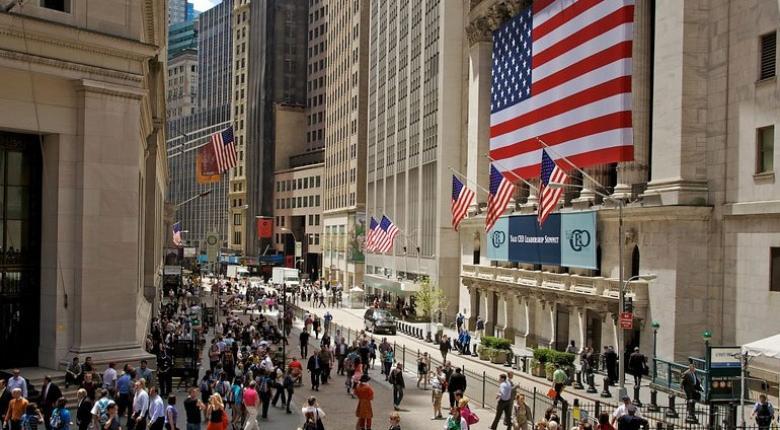 Μικρά κέρδη και νέα ρεκόρ στη Wall Street - Κεντρική Εικόνα