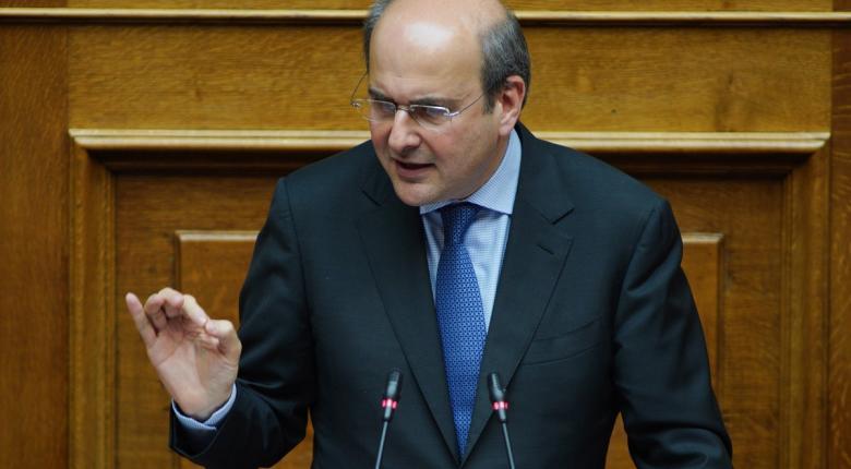 Χατζηδάκης: Είμαστε η πρώτη κυβέρνηση που ξεκινάει την απολιγνιτοποίηση της ΔΕΗ - Κεντρική Εικόνα